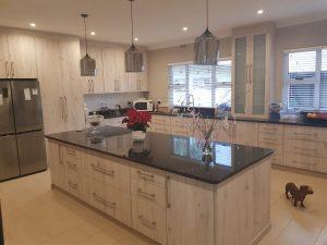 Allstone Solutions - Beautiful Farm Kitchen